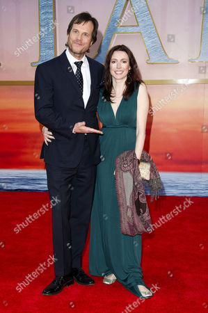 'Titanic 3d' Premiere at the Royal Albert Hall Bill Paxton with His Wife Louise Newbury