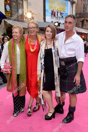 'Walking On Sunshine' World Premiere at the Vue Leicester Square Emma Thompson with Her Husband Greg Wise Their Daughter Gaia Romilly Wise and His Sister Clare Wise