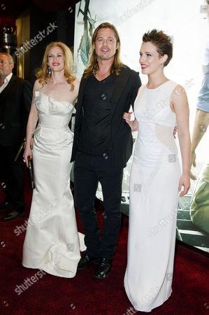 'World War Z' World Premiere Vip Arrivals at the Empire Leicester Square Mireille Enos Brad Pitt and Daniella Kertesz