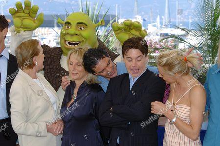 2004 Cannes Film Festival Photocall For Shrek 2 Julie Andrews Jennifer Saunders Antonia Banderas Mike Myers & Cameron Diaz