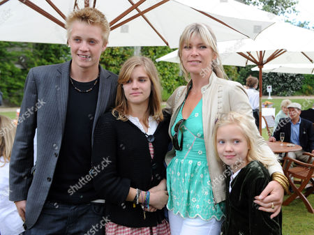 Cartier Style Et Luxe at Goodwood Festival of Speed Goodwood. Rufus Taylor, Tigerlily Taylor and Lola Daisy May Leng Taylor with Deborah Leng