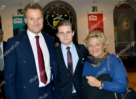 Reception to Launch the Imperial War Museum Foundation's First World War Galleries Centenary Campaign at the Imperial War Museum Lambeth Road Lord Jonathan Rothermere with His Son and Dame Vivien Duffield