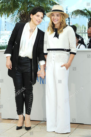 Clouds of Sils Maria Photocall at the Palais Des Festivals During the 67th Cannes Film Festival Juliet Binoche and Chloe Grace Moretz