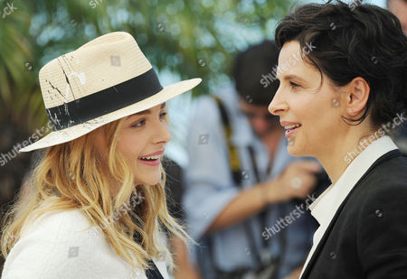 Clouds of Sils Maria Photocall at the Palais Des Festivals During the 67th Cannes Film Festival Chloe Grace Moretz and Juliet Binoche