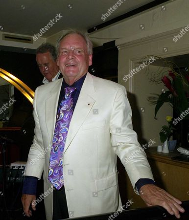 an Evening with Barry Mason & Friends at the Dover Street Restaurant & Bar in Aid of the Variety Club Tony Hatch