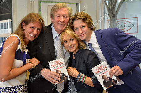 07 08 2014 A New Autobiography I Joke to Much by Michael Rudman the Theatre Director's Tale Launch Party and Reading at French's Bookshop Fitzroy Street London Michael Rudmans Daughter Amanda Shorthouse Michael Rudman with His Wife Felicity Kendal and Their Son Jacob Rudman