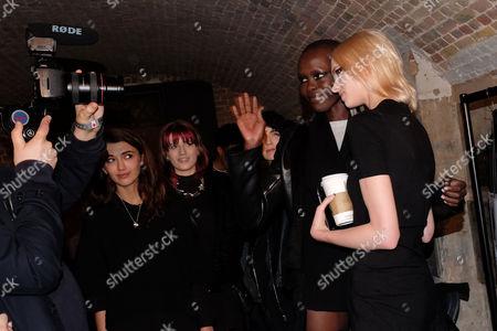 London Fashion Week Ss16 - Julien Macdonald Backstage Alex Wek