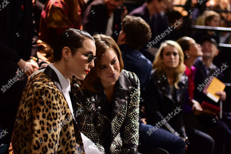 London Fashion Week - Mulberry Aw16 Fashion Show at Guildhall Front Row - Noomi Rapace and Ellinor Olovsdotter (elliphant)