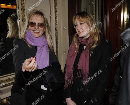 Press Night of 'The God of Carnage' at the Gielgud Theatre Shaftsbury Aveune Twiggy Lawson with Her Daughter Carly Witney