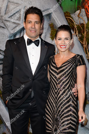 the Hobbit: the Battle of the Five Armies World Premiere at the Odeon Leicester Square Manu Bennett with His Wife Karin Horen