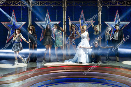 Viva Forever First Night Curtain Call at the Piccadilly Theatre Dominique Provost-chalkley Melanie Brown Melanie Chisholm Hannah John-kamen Sally Anne Triplett Geri Halliwell Siobhan Athwal Emma Bunton Lucy Phelps and Victoria Beckham