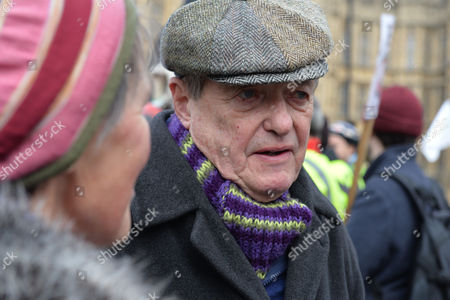 Stock Image of Westminster Anti-fracking Rally at Old Palace Yard Protestors Plan to Lobby Parliament and Hand in A Petition Calling For an End to Plans For the Controversial Gas Extraction Method in the Uk James Bolam and His Wife Susan Jameson