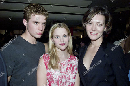 'Bridget Jones's Diary' Premiere After Party at Mezzo Wardour Street Ryan Phillippe with His Wife Reese Witherspoon and Justine Waddell