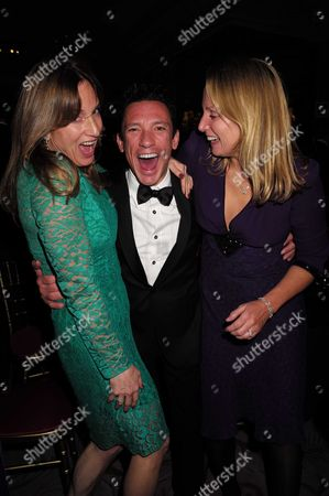 10 11 15 Cartier Racing Awards at the Dorchester Hotel Frankie Dettori with Emily Oppenheimer and Sophie Oppenheimer