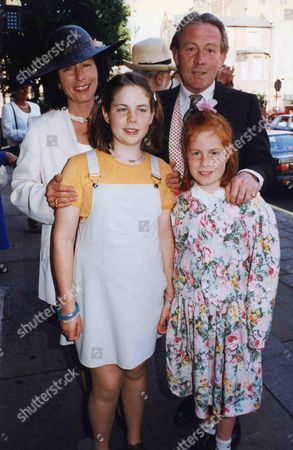Christopher Tennant Wedding to Anastasia 14/6/1996 Roddy & Tanya Llewellyn and Their Daughters