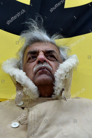 27 02 16 Cnd Stop Trident Rally Against Nuclear Weapons in Trafalgar Square Tariq Ali