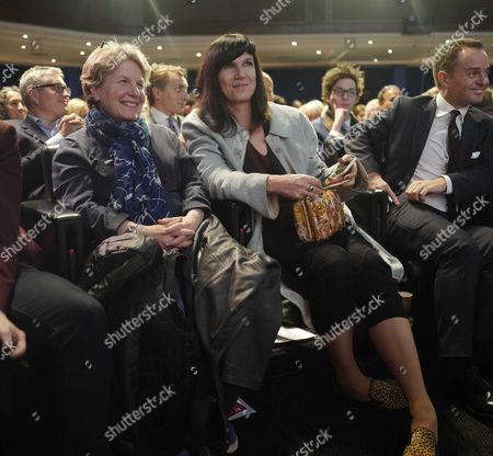 03 02 16 London Mayoral Election Debate at the the Royal Geographical Society Sandi Toksvig with Catherine Mayer