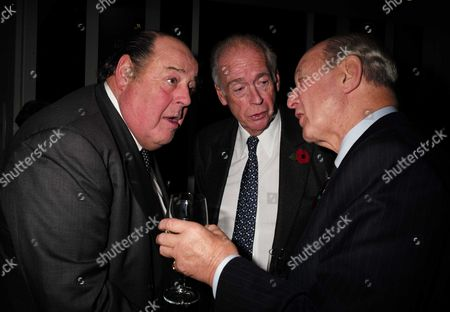 02 11 15 Launch Party For Charles Moore's New Book ' Margaret Thatcher the Authorised Biography Volume Two: ' at M&c Saatchi Golden Square Soho Sir Nicholas Soames & Lord Hesketh with Lord Jeffrey Sterling