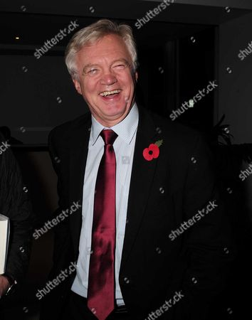 02 11 15 Launch Party For Charles Moore's New Book ' Baroness Margaret Thatcher the Authorised Biography Volume Two: ' at M&c Saatchi Golden Square Soho David Davies Mp