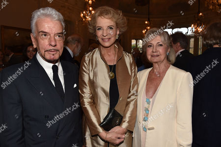 16 07 15 Launch of Robert Lacey's New Book Model Woman: Eileen Ford and the Business of Beauty at the Savile Club Brook Street Mayfair London Nicky Haslam Princess Michael of Kent & Lady Jane Rayne Lacey ]