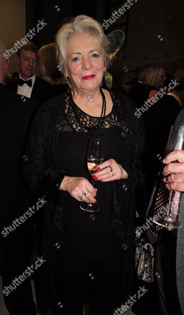 12 11 15 Park Theatre's Charity Gala at Stoke Newington Town Hall Alison Steadman with David Horovitch