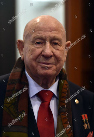 16 12 15 Starmus Panel Announces Ground-breaking Stephen Hawking Medals For Science Communication at the Royal Society Carlton House Terrace Alexei Leonov