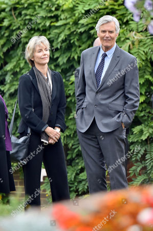 13 08 15 the Funeral of George Cole at Reading Crematorium Lucy Fleming and Simon Williams