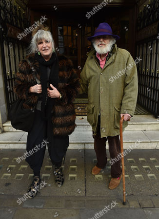 02 02 16 the Oldie Awards Lunch at Simpsons Resturant the Strand London Lucinda Lambton and Peregrine Worsthorne