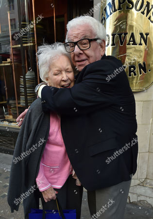 02 02 16 the Oldie Awards Lunch at Simpsons Resturant the Strand London June Whitfield & Barry Cryer