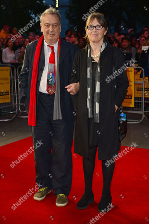 10 10 15 the Program Film Screening During the Bfi London Film Festival at the Odeon Leicester Square Stephen Frears with His Wife Anne Rothenstein
