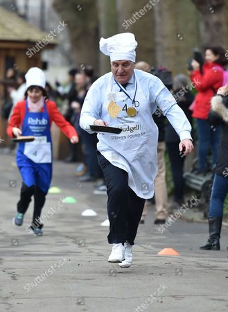 09 02 16 the Rehab Parliamentary Pancake Race at Victoria Tower Gardens Millbank Westminster London Stephen Pound Mp
