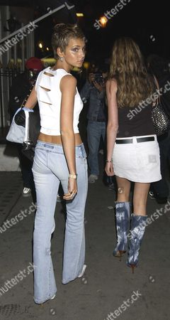 the Sister of Lady Victoria Hervey Isabella Harvey Struts Her Stuff As She and A Girlfriend Walk Down Beuchamp Place After Dinner Last Night