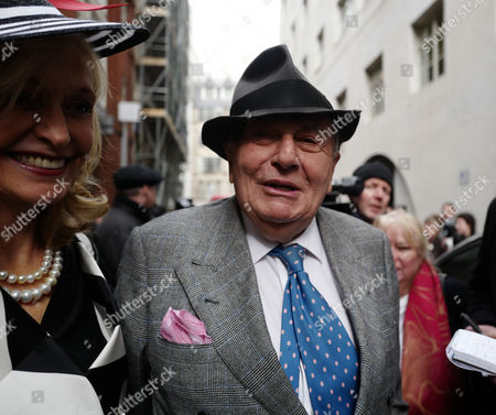 05 03 16 the Wedding Blessing of Rupert Murdoch and Jerry Hall at St Brides Church Fleet Street City of London Barry Humphries and His Wife Lizzie Spender