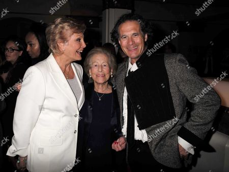 27 08 15 Transfer of Mcqueen to Theatre Royal Haymarket After Party at the Cafe Royal Angela Rippon Diana Mackintosh & Robert Mackintosh