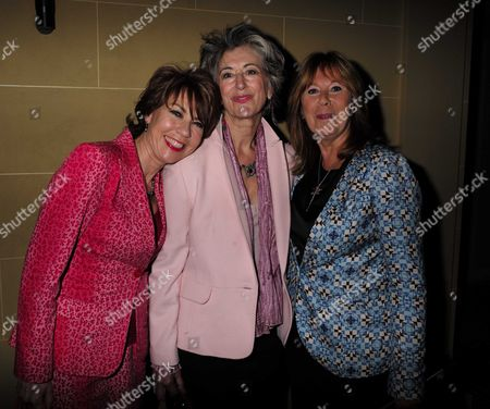Stock Photo of 27 08 15 Transfer of Mcqueen to Theatre Royal Haymarket After Party at the Cafe Royal Maureen Lipman and Kathy Lette with Marti Webb