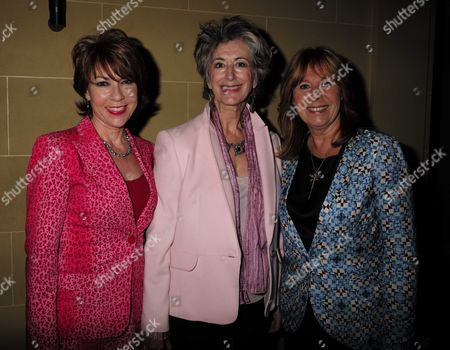 27 08 15 Transfer of Mcqueen to Theatre Royal Haymarket After Party at the Cafe Royal Maureen Lipman and Kathy Lette with Marti Webb