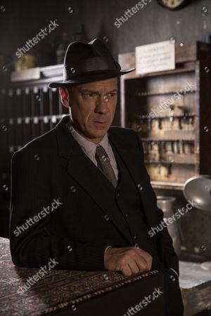 Shaun Dingwall as Janvier.
