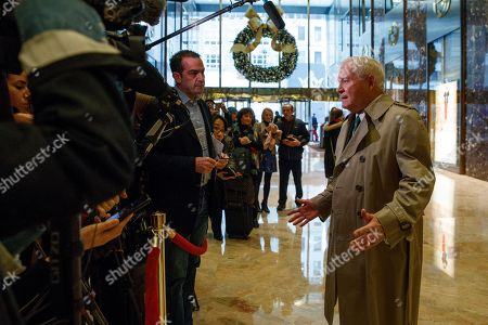 Former Secretary of Defense Robert Gates talks with reporters after a meeting with President-elect Donald Trump at Trump Tower, in New York