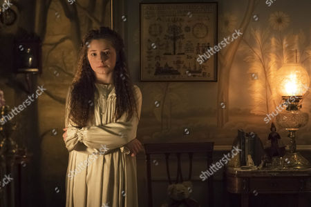 Hazel Doupe as Wendy