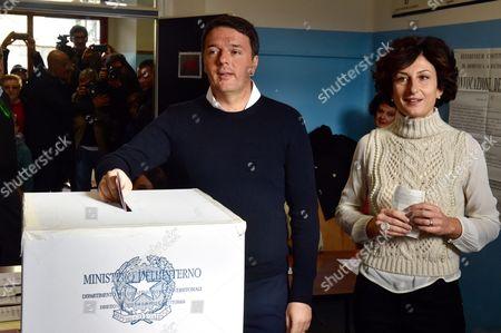 Matteo Renzi with wife Agnese Landini