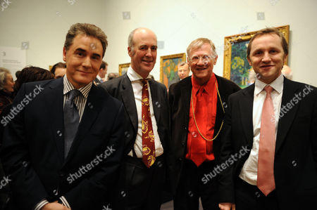 'From Russia' Private View at the Royal Academy of Arts Piccadilly London Peter York Charles Saumarez Smith Secretary & Chief Executive Sir Nicholas Grimshaw & the Culture Minister James Purnell Mp