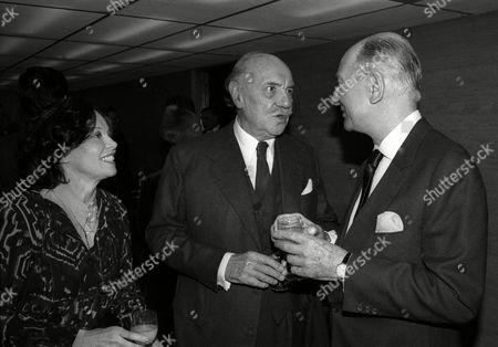 1982 Evening Standard Drama Awards Leslie Caron with Sir John Gielgud and Sir Ralph Richardson