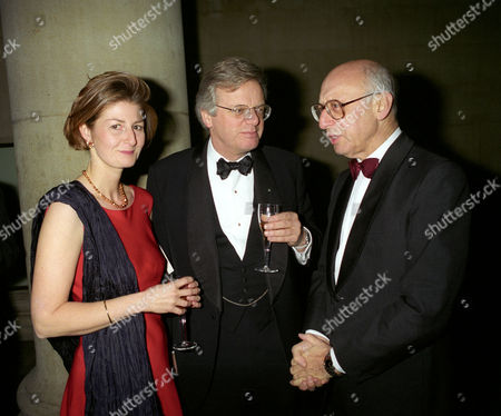 Editorial image of 1996 Turner Prize at the Tate Gallery, Millbank - 28 Nov 1996