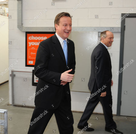 Stock Picture of B&q Store Hayes in Middlesex David Cameron Mp Leader of the Conservative Party with Ian Cheshire Chief Executive of Kingfisher