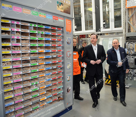 B&q Store Hayes in Middlesex David Cameron Mp Leader of the Conservative Party with Ian Cheshire Chief Executive of Kingfisher