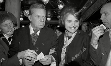 1981 First Night of Ôlittle Foxes' at the Victoria Palace Reginald Bosanquet
