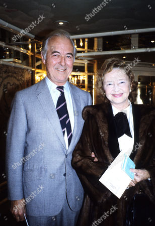 Foyles Lunch For Sir Harold Hobson Michael Denison and Lady Dulcie Gray