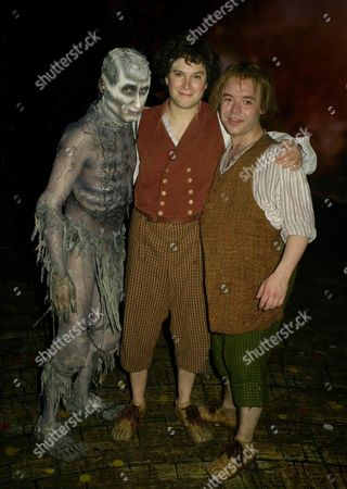 Lord of the Rings Curtain Call and Back Stage at the Theatre Royal Drury Lane Theatre London Michael Therriault Peter Howe and James Loye