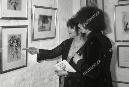 Lynn Seymour at the Holford Gallery Lynn Seymour and Mark Goodings at the Holford Gallery