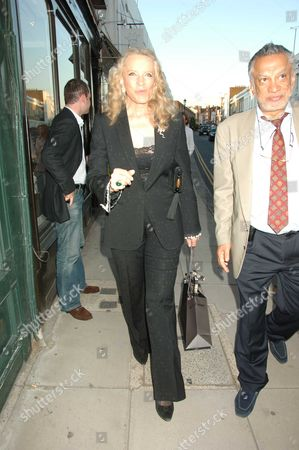 Princess Michael of Kent Went to A Summer Party at Katharine Pooley's Shop in Walton Street Belgravia London Her Car Parked and Waited For Her All the Time That She Was at the Event Her Female Driver Ignored Parking Spaces Across the Road A Parked On the Pavement OnÊdouble Yellow Lines and Completely Blocking Up the Narrow Very Busy Road